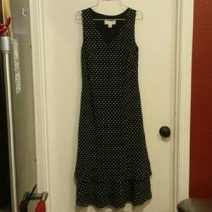 Casual Corner black & white dots dress